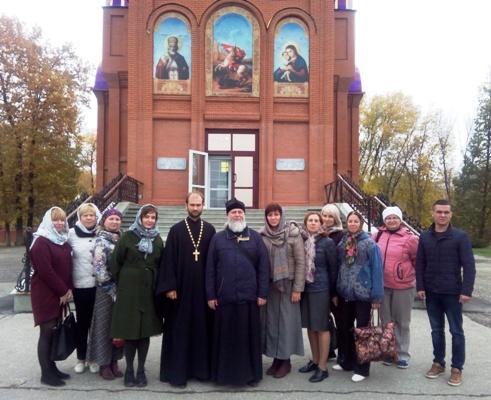 Сотрудники и ветераны УФСИН России по Самарской области совершили паломничество по святым местам региона