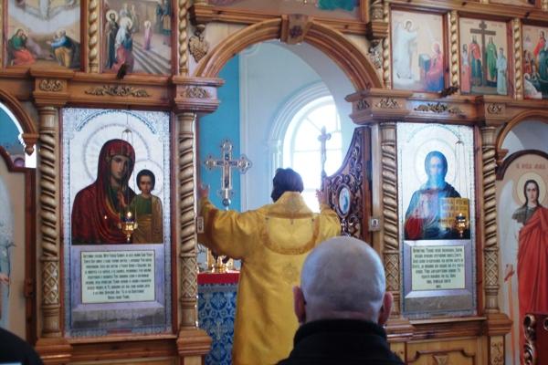 Епископ Сызранский и Жигулевский Фома посетил ИК-26 и ИК-13 УФСИН России по Самарской области